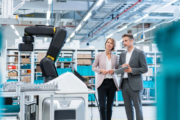 Sales Cloud Is Future-Ready For Manufacturing Companies    Salesforce Partner
